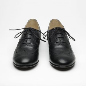 Ansom brogue front black